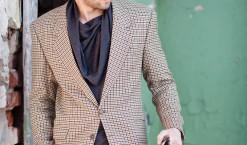 Comment l'accommoder avec un blazer homme carreaux ?