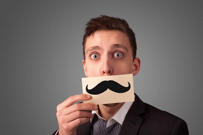 Je lance le débat sur la moustache