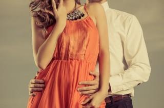 Sortir avec une femme hyper séduisante n'est pas aussi simple !