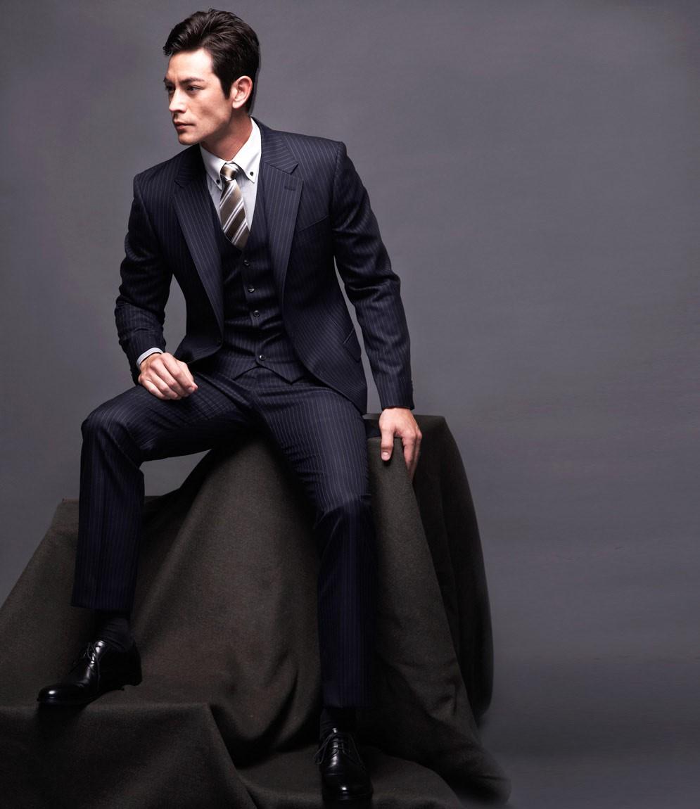 Beau Costume Homme à costume 3 pièces, cet indémodable qui nous rend beau instantanément