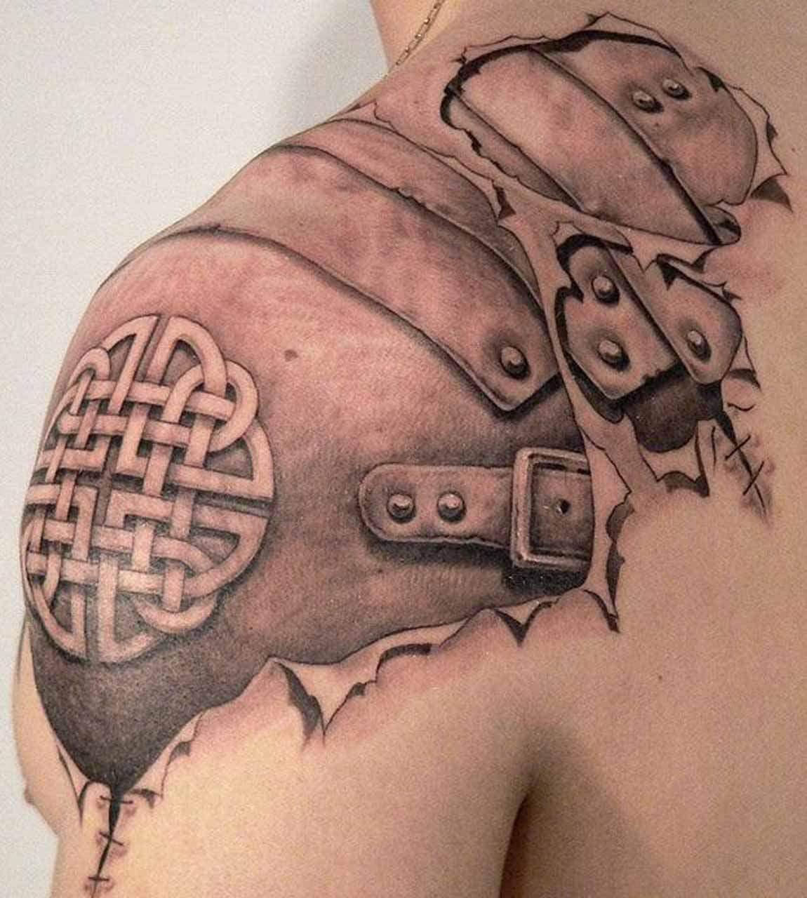 Tatouage dos homme mon tatouage fait tout mon dos - Photo tatouage homme ...