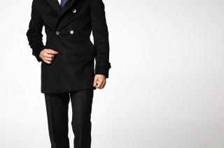 Manteau noir homme, le plus classique