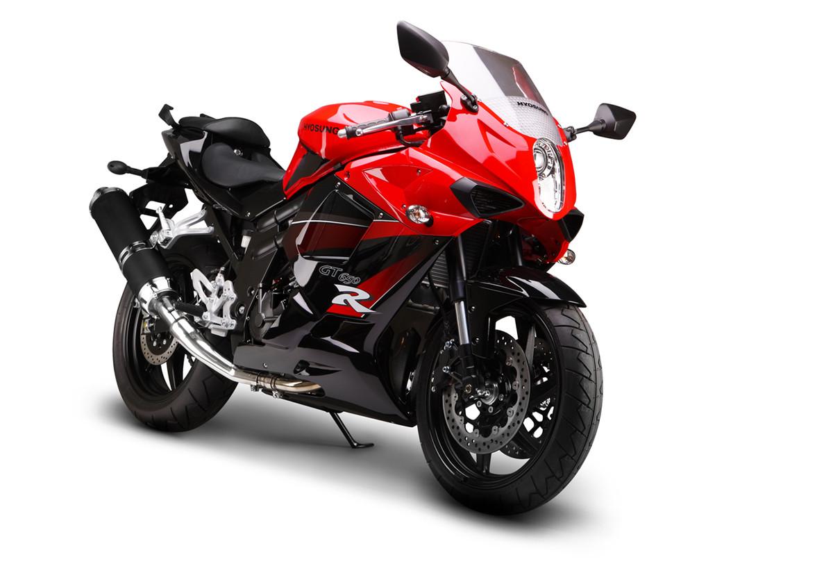 moto comment choisir votre mod le de moto. Black Bedroom Furniture Sets. Home Design Ideas